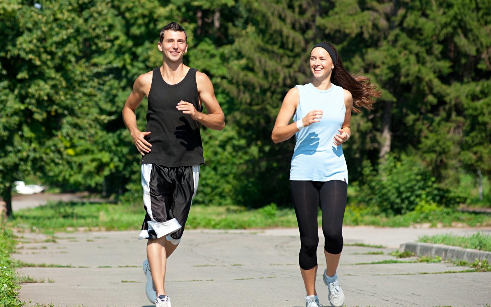 sport sante - jogging - exercice physique - energie - entrainement - bien-etre - forme